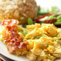 Cheesy Chive Scrambled Eggs