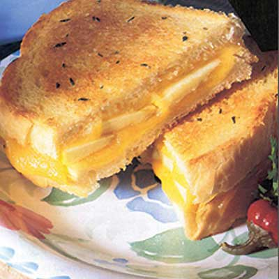 Cheddar Apple Melt