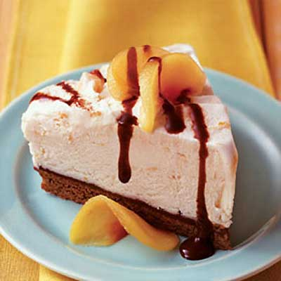Peaches & Cream Brownie Mud Pie
