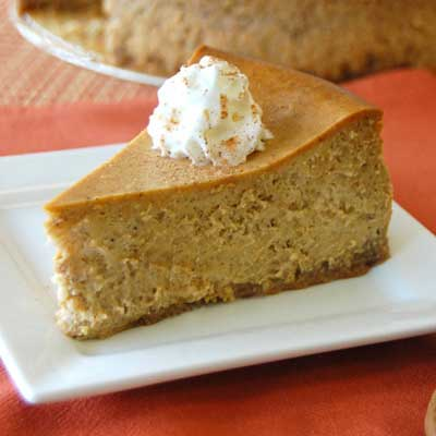 Pumpkin Cheesecake with Ginger Snaps