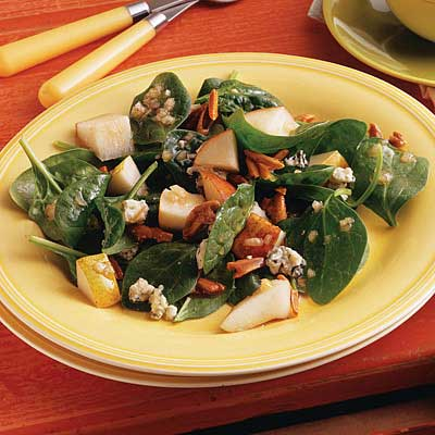 Spinach, Pear & Almond Salad