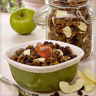 Raisin-Apple Granola