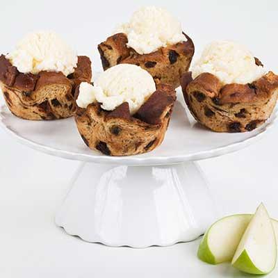 Cinnamon Raisin Bread Apple Cupcakes