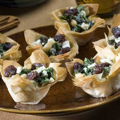 Greek-Style Spinach and Raisin Cups
