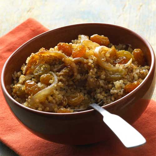 Quinoa with Raisins and Caramelized Onions