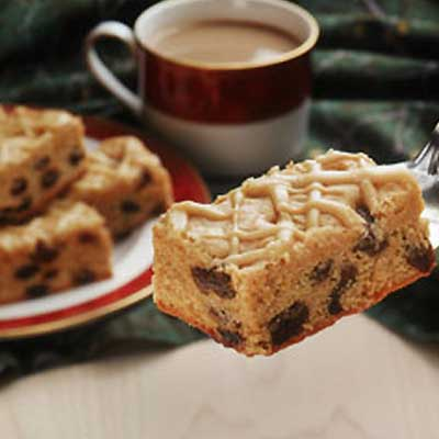 White Chocolate Cappuccino Raisin Bars