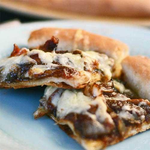 Caramelized Onion Bacon Pizza
