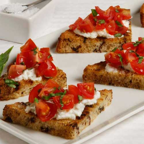 Raisin Crostini Appetizers