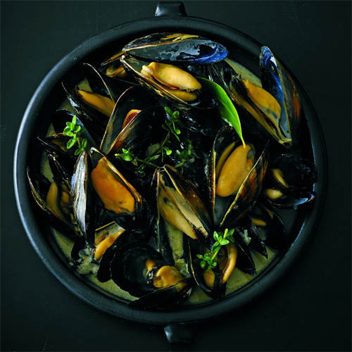 Steamed Mussels Marinieres