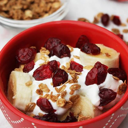 Craisins Crunch Breakfast Bowl