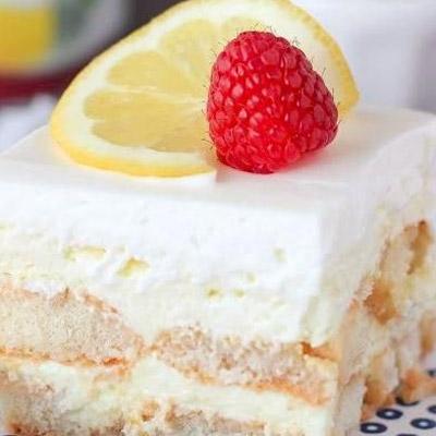 No Bake Lemon Shortcake Icebox Cake