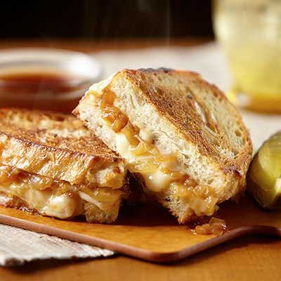 9 Grilled Cheese Favorites