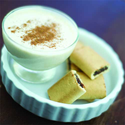 Gingerbread Vanilla Yogurt with Fig Cookies