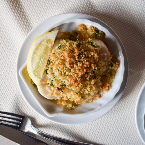 How to Make Baked Scallops with Herb Crumbs