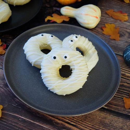 White Chocolate Mummy Doughnuts