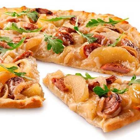 Sweet 'n Savory Chicken Sausage Apple Pizza