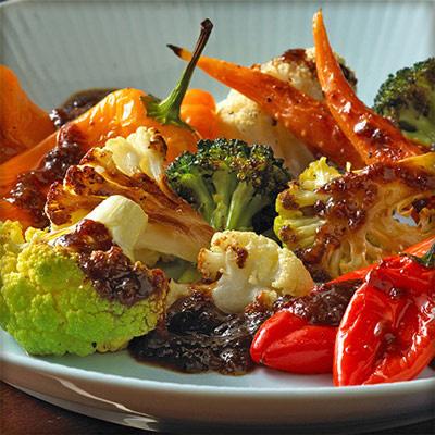 Balsamic Raisin Sauce for Roasted Vegetables