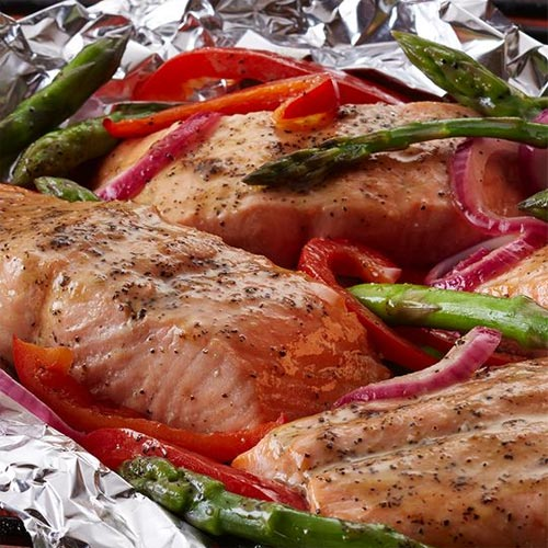 Grilled Salmon & Asparagus Packets
